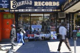 birdel's records is closing