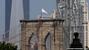 brooklyn bridge flags